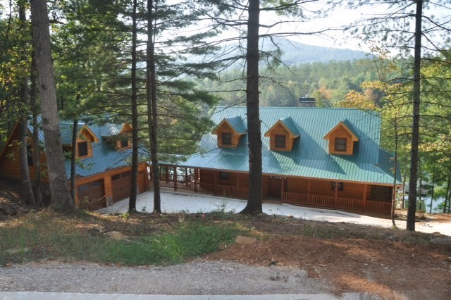 A private oasis in the woods set right on beautiful Lake Nottely