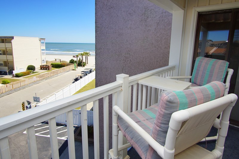 Myrtle beach oceanview shore drive vacation rental condo for Balcony sunbathing