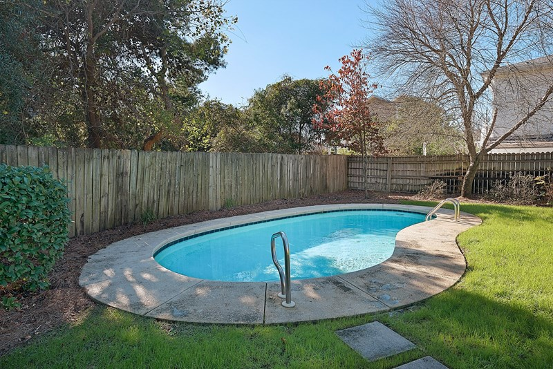 Large yard with pool!