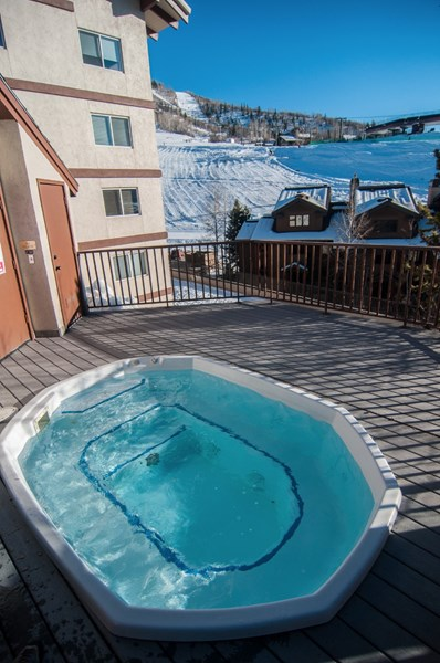 Vacation rentals in steamboat springs colorado for Cabin rentals near steamboat springs