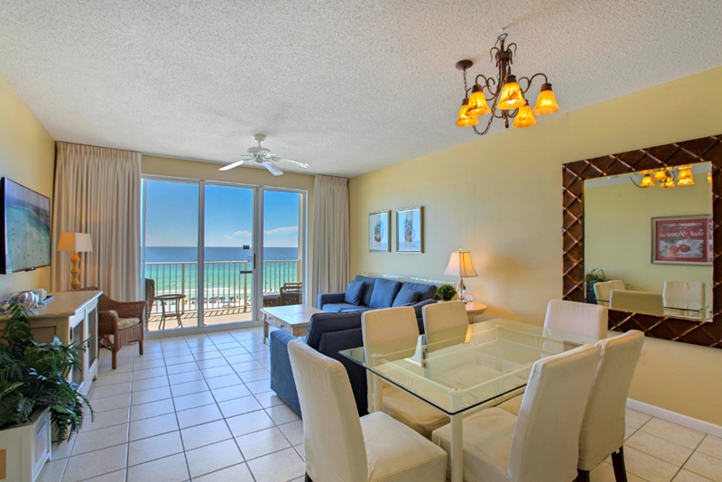 Enjoy spectacular views from the living/dining areas.