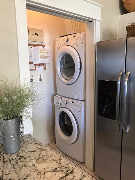 NEW full size high efficiency front load washer and dryer added 2106!