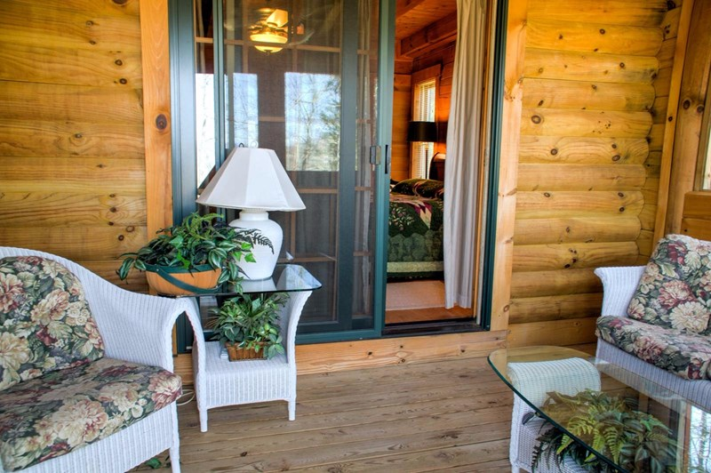 Counter Bar with 2 Stools