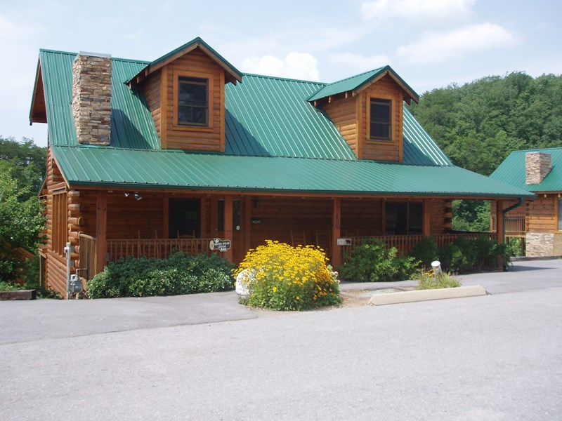 Papa Bear Lodge - 6 Bedrooms, 6 Baths - Sleeps 18