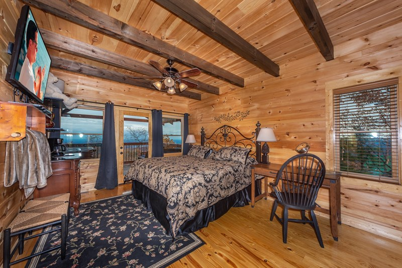 Gatlinburg indoor swim spa cabin with sensational views, games ...