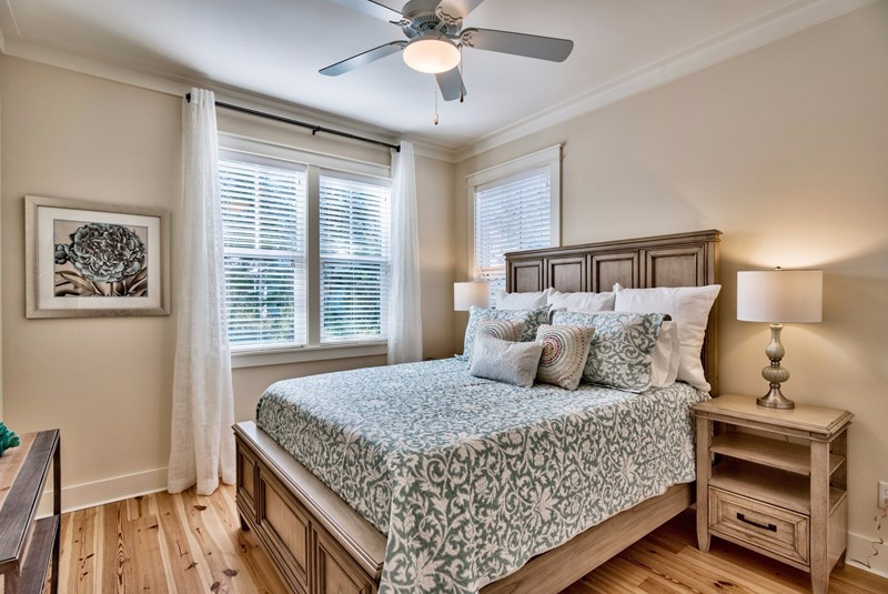 Upstairs Queen Guest Room with Luxury Memory Foam Hybrid Mattress