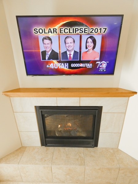 Fireplace & Flat Screen TV