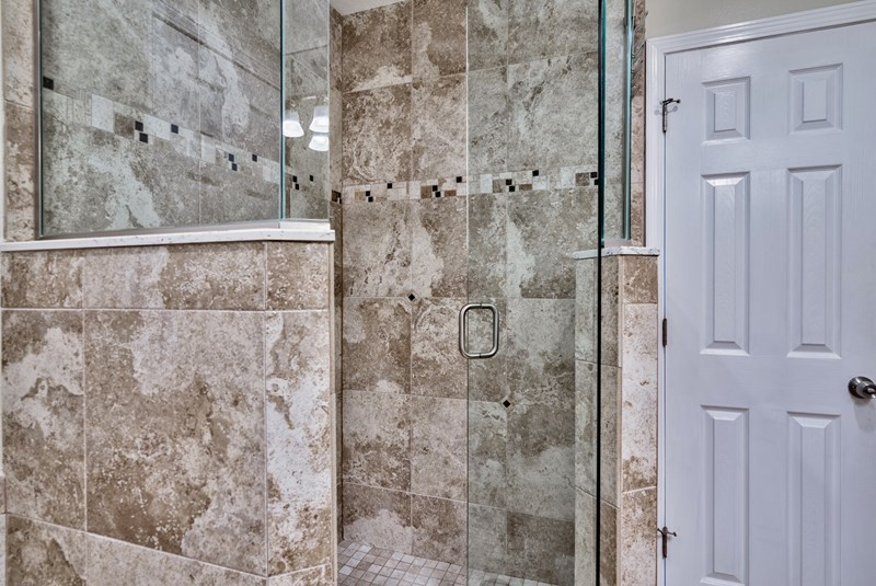 walk in GLASS tile Shower/Rain Head