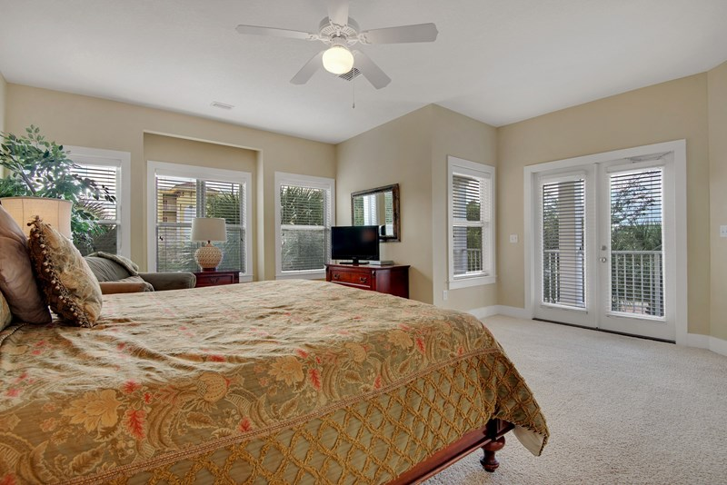 Master bedroom with king bed, 43