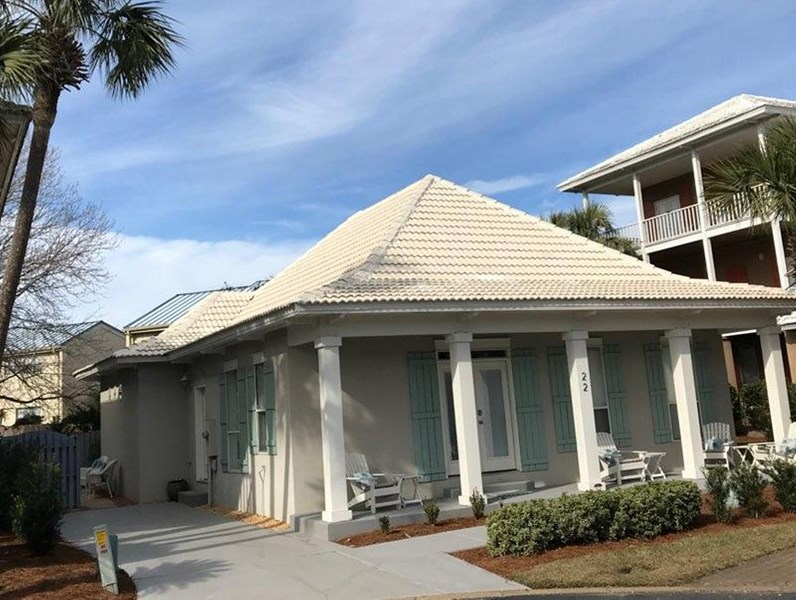 Newly upgraded beach home sleeps 6-8