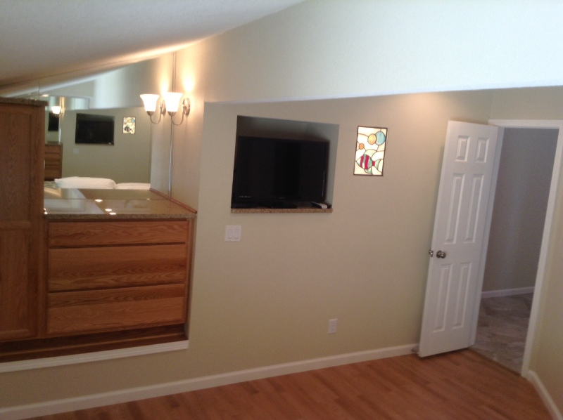 Guest bedroom/built in dresser/tv