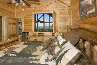 Master Bedroom w Mountain View