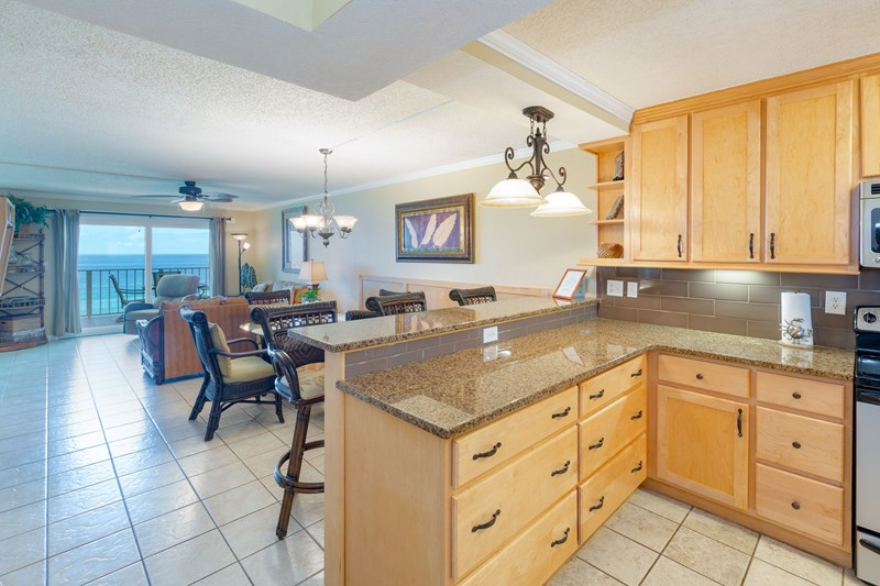 Granite counter, dining area
