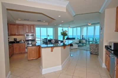 Wet Bar and Gourmet Kitchen