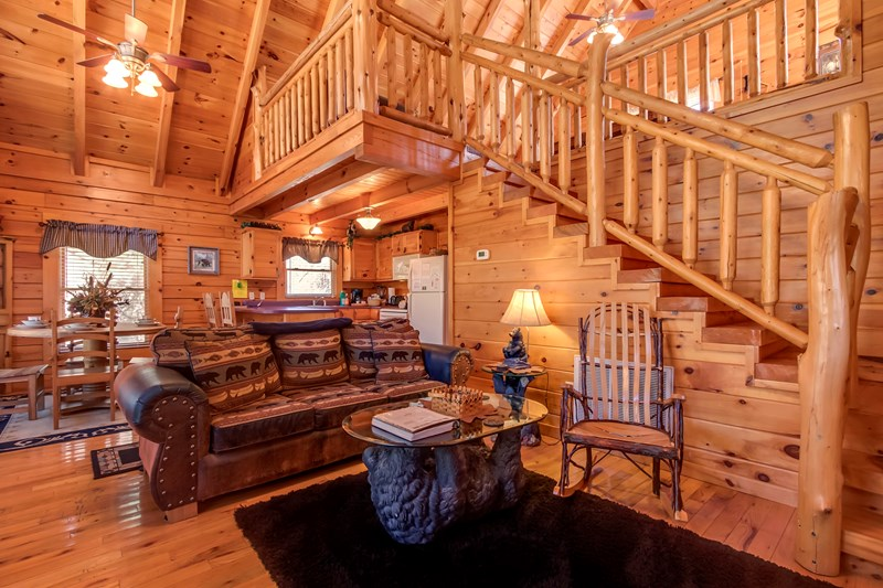 Pigeon Forge, Smoky Mountain Vacation Cabin Rental, By owner.