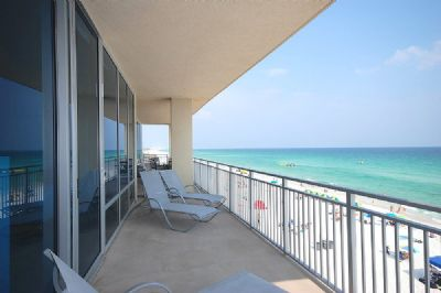 60 foot Balcony with views for miles!