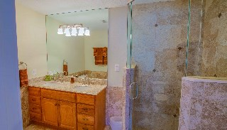 walk in shower/glass /tile