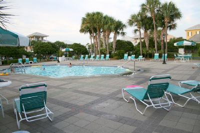 Pool-Destin Florida 4 Bedroom Vacation Home Rental