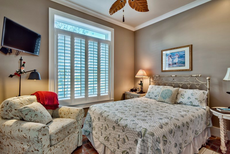 Gulf view cottage destin fl vacation rentals by owner for 9 bedroom rental destin florida