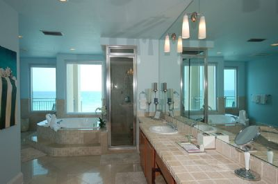 Spacious Master Bath with Jacuzzi, Shower and Double Sinks